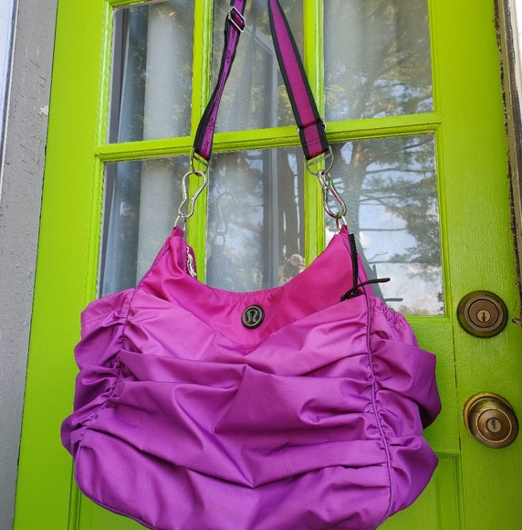lululemon athletica Handbags - Lululemon